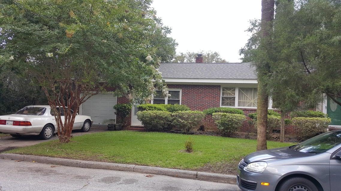 2  Riverside Drive Charleston, SC 29403