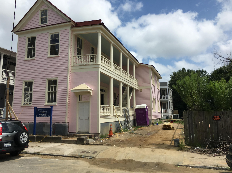 23  Amherst Street Charleston, SC 29403