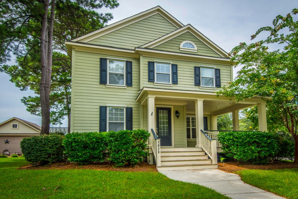 1628  Ellsworth Street Mount Pleasant, SC 29466