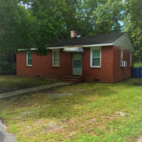 2208  Doris Drive Charleston, SC 29414
