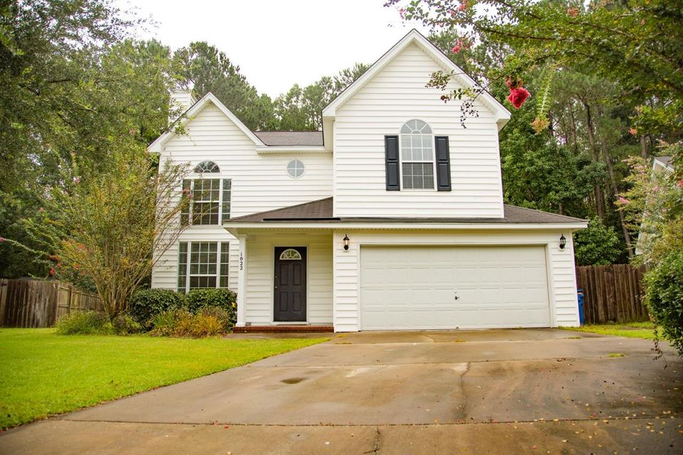 1022  Providence Way Summerville, SC 29483