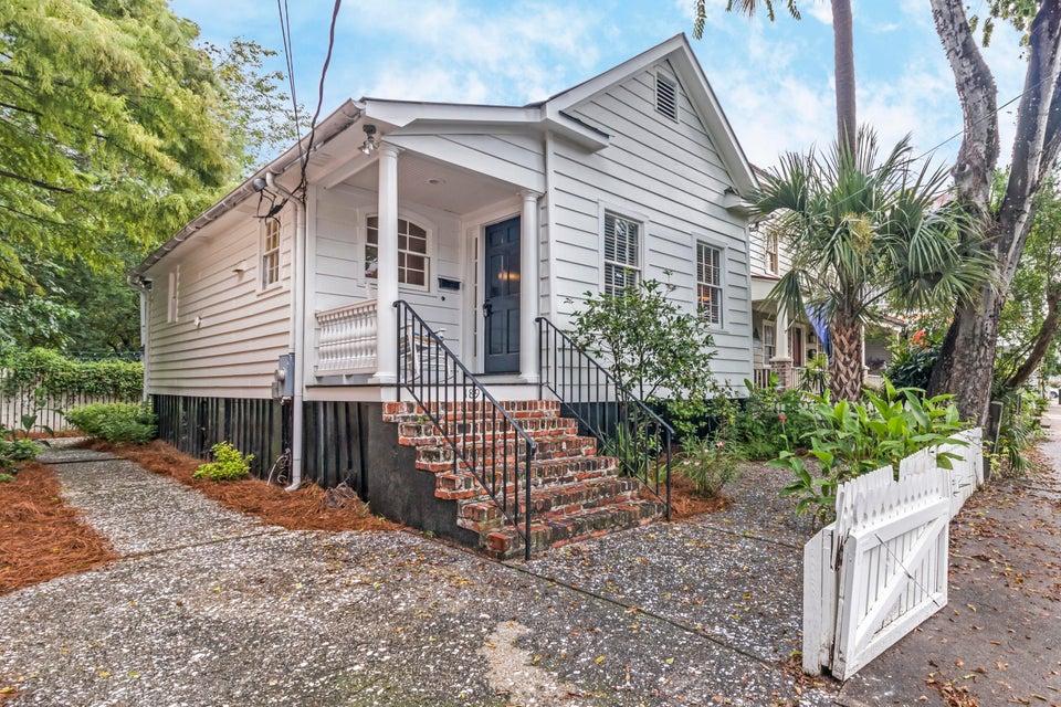 189  Smith Charleston, SC 29401