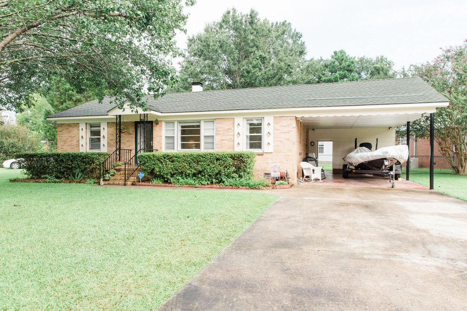 301  Amy Drive Goose Creek, SC 29445