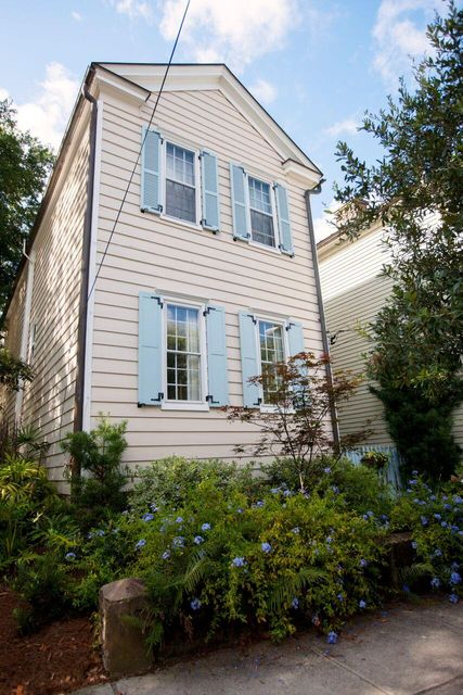 61  Warren Street Charleston, SC 29403