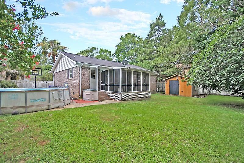 3272  Starlett North Charleston, SC 29420