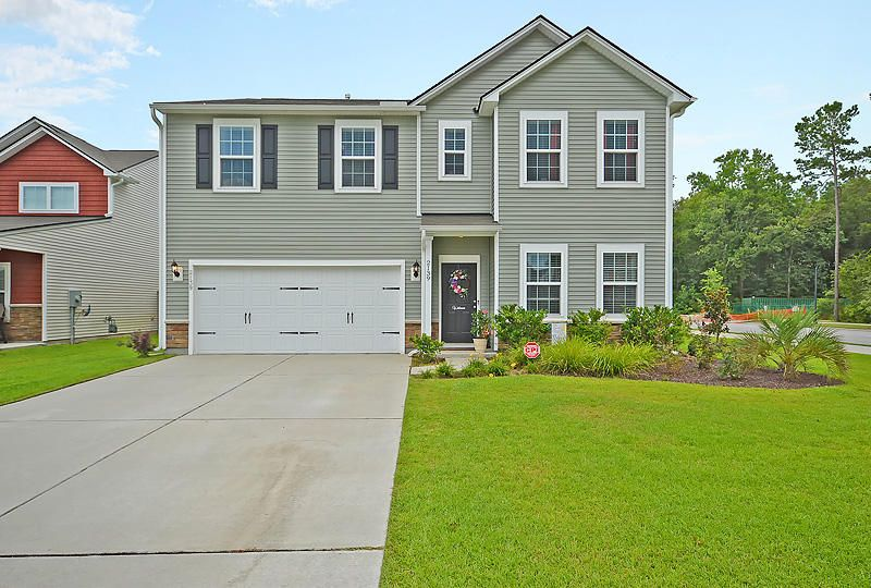 2139  Gammon Street Charleston, SC 29414