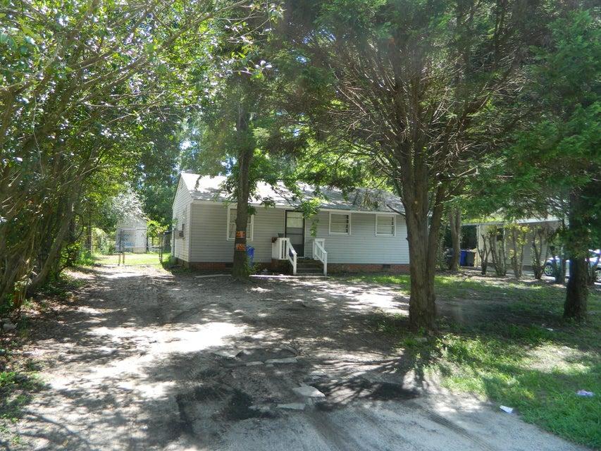 2434  Falcon Road Charleston, SC 29406