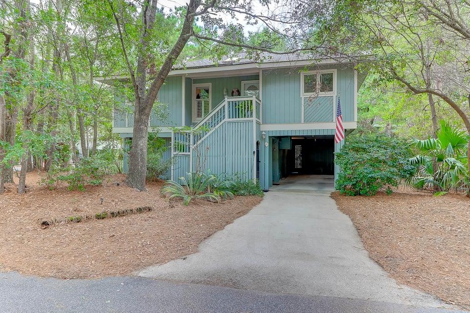 51  Twin Oaks Lane Isle Of Palms, SC 29451