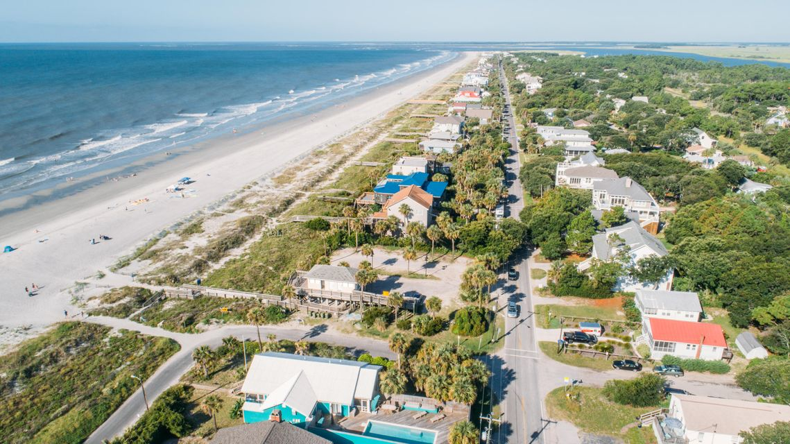 214 W Arctic Avenue Folly Beach, SC 29439