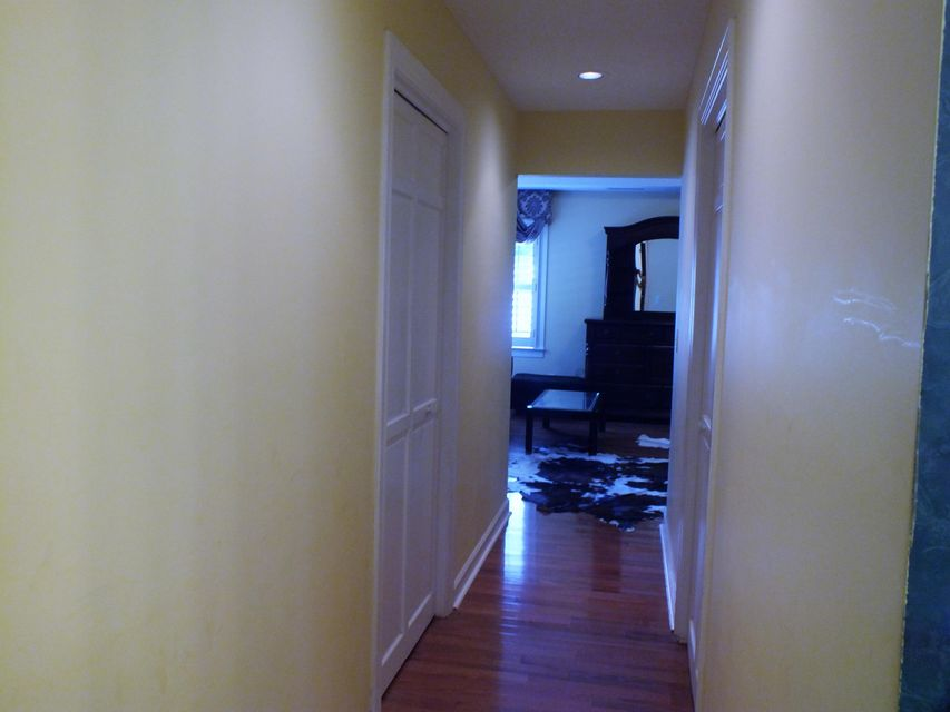 2452  Vaucluse Road Charleston, SC 29414