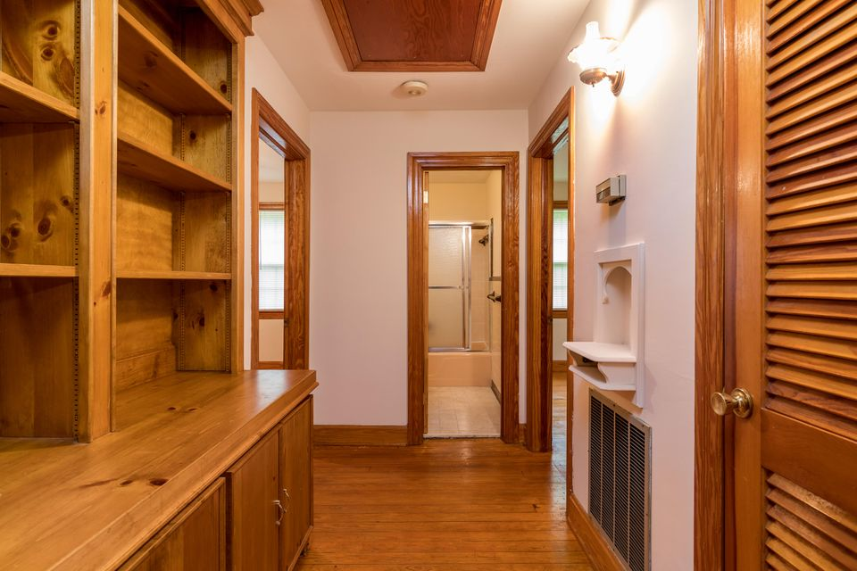 Historic District Homes For Sale - 407 Carolina, Summerville, SC - 13