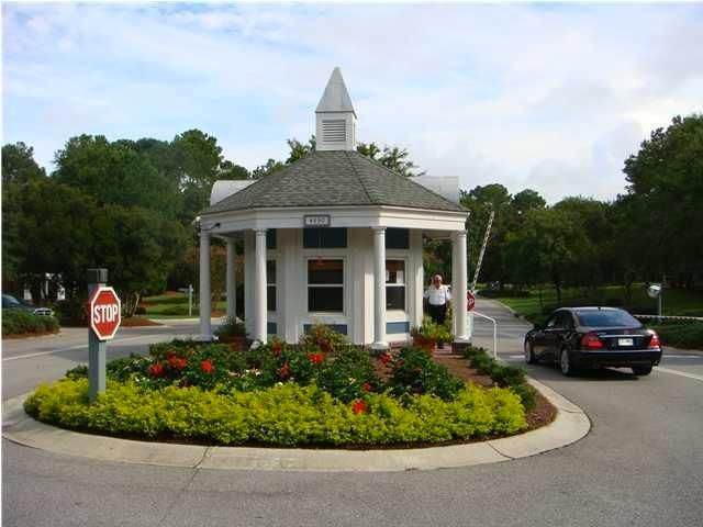 8615  W Fairway Woods Dr North Charleston, SC 29420