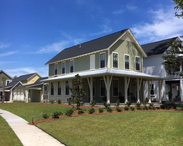 1527  Old Rivers Gate Road Mount Pleasant, SC 29466
