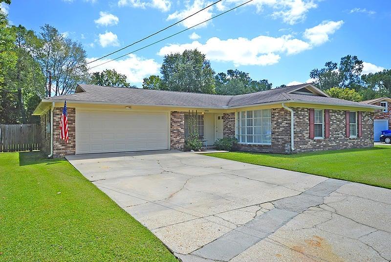 8386  Chatsworth Ct North Charleston, SC 29406