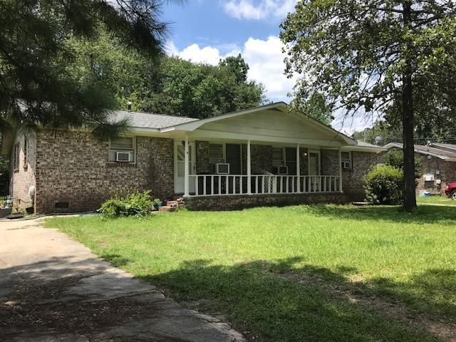 7605 E Oakridge North Charleston, SC 29420