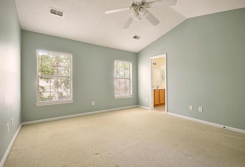 2432  Stingray Blvd North Charleston, SC 29406
