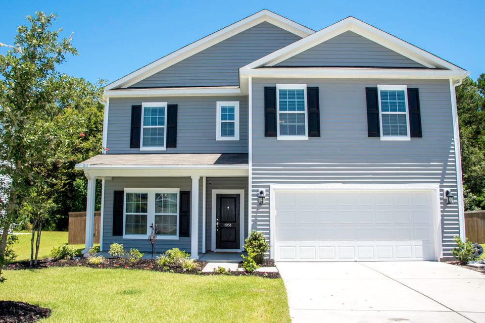 1051  Victoria Pointe Lane Summerville, SC 29485