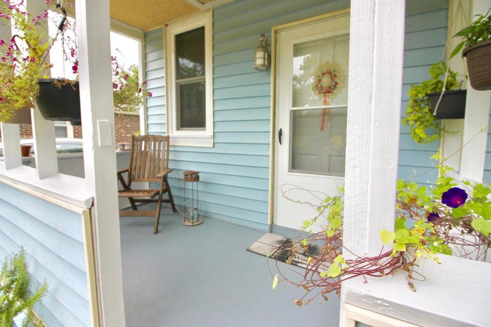 733  York Street Mount Pleasant, SC 29464