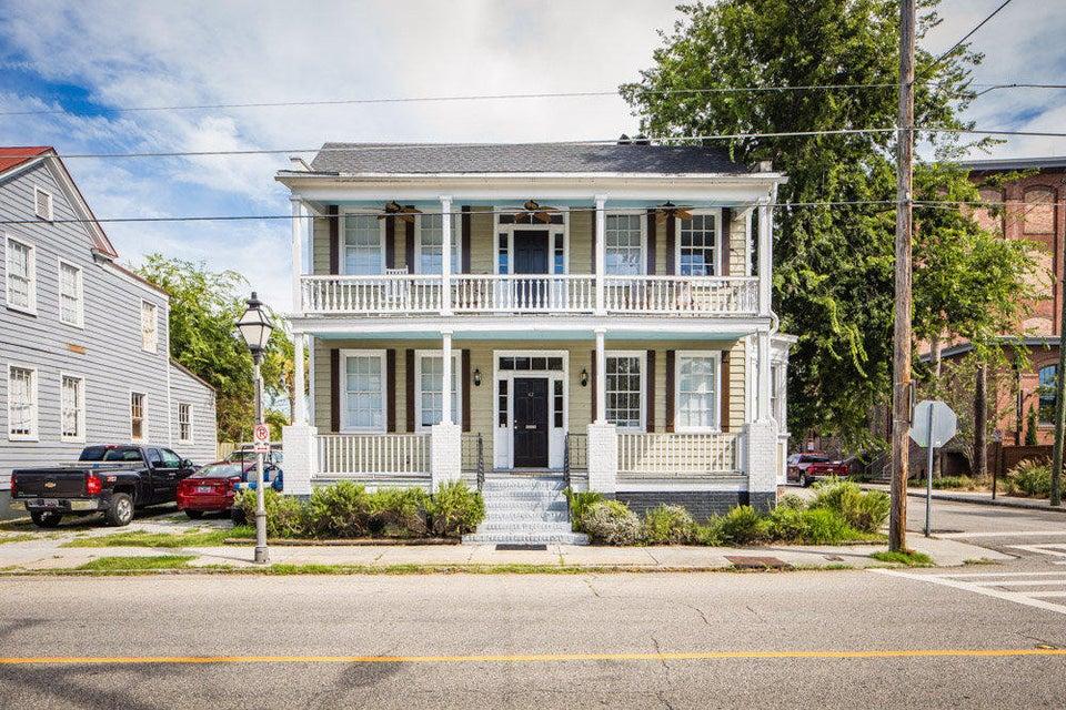 62  Columbus Street Charleston, SC 29403