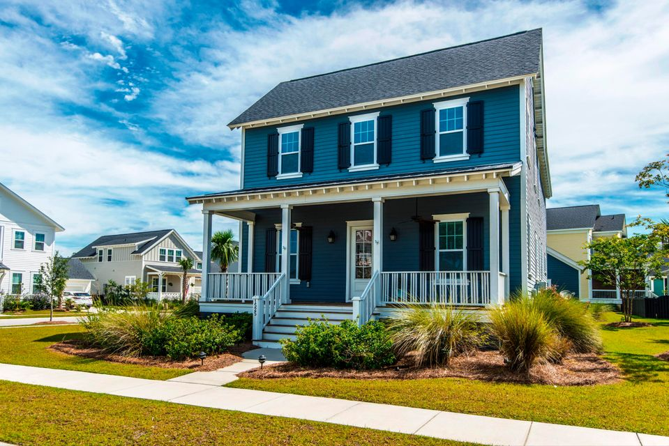 1525  Harriman Street Mount Pleasant, SC 29466