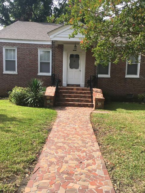 157  Grove Street Charleston, SC 29403