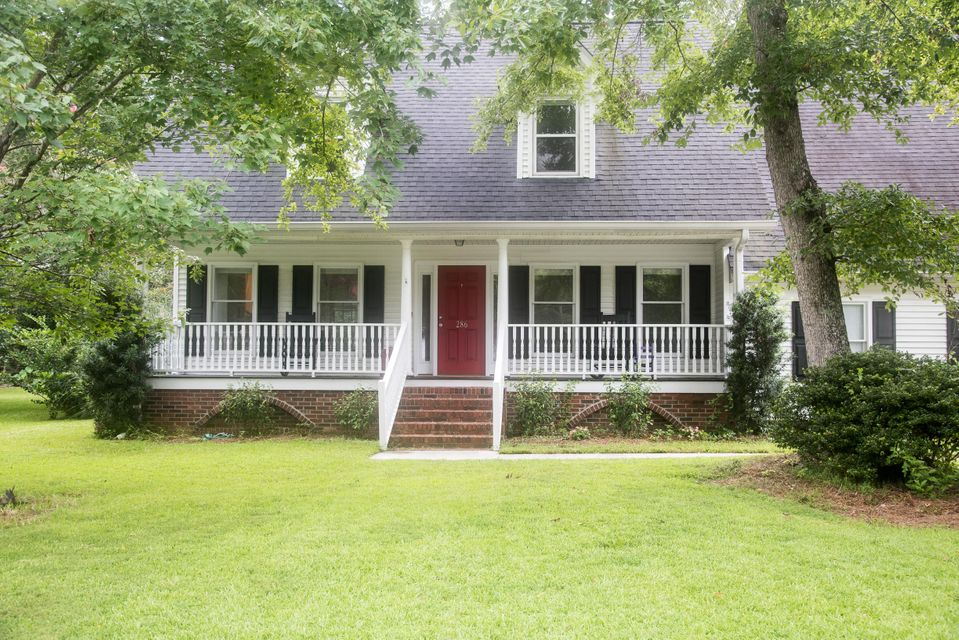 286  Hook Lane Mount Pleasant, SC 29464