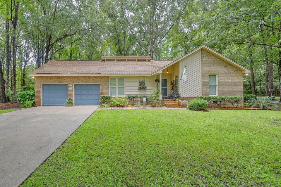 175  Southwold Circle Goose Creek, SC 29445