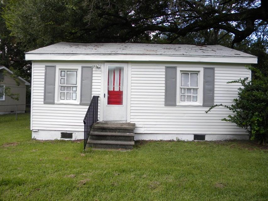 5443  Attaway Street North Charleston, SC 29406