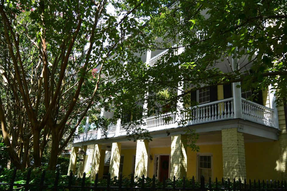 31  Pitt Street Charleston, SC 29401