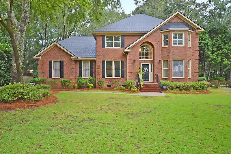 8615  W Fairway Woods Dr North Charleston, SC 29420