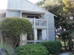 1713  Greystone Boulevard Mount Pleasant, SC 29464