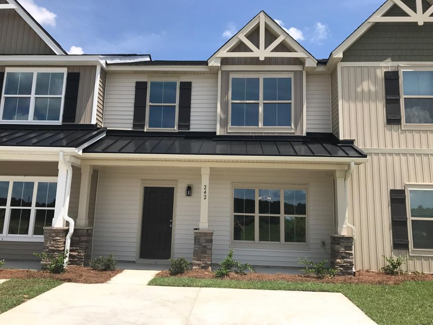 242  Swallowtail Lane Goose Creek, SC 29445