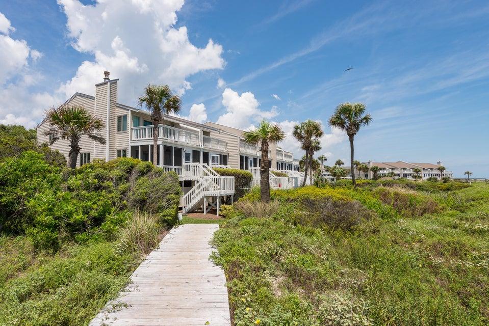 Beach Club Villas Homes For Sale - 32 Beach Club Villas, Isle of Palms, SC - 12
