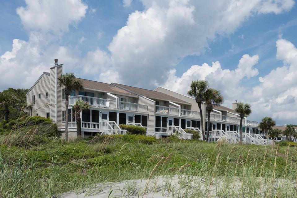 Beach Club Villas Homes For Sale - 32 Beach Club Villas, Isle of Palms, SC - 10