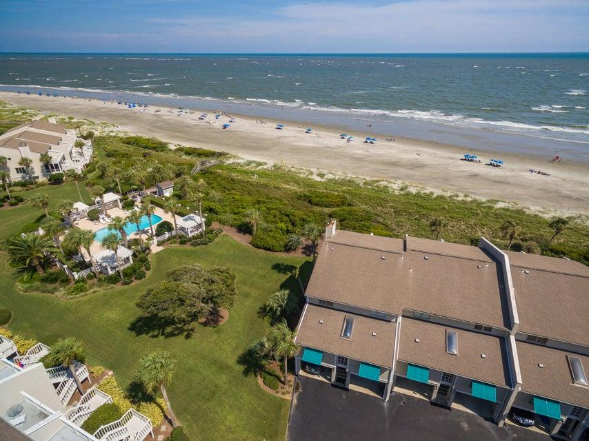 Beach Club Villas Homes For Sale - 32 Beach Club Villas, Isle of Palms, SC - 2