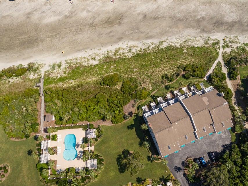 Beach Club Villas Homes For Sale - 32 Beach Club Villas, Isle of Palms, SC - 4