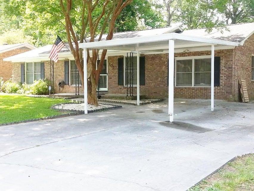 106  Waring Road Summerville, SC 29485