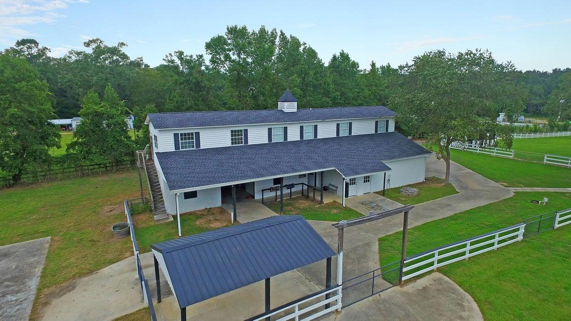 558 W Butternut Road Summerville, SC 29483