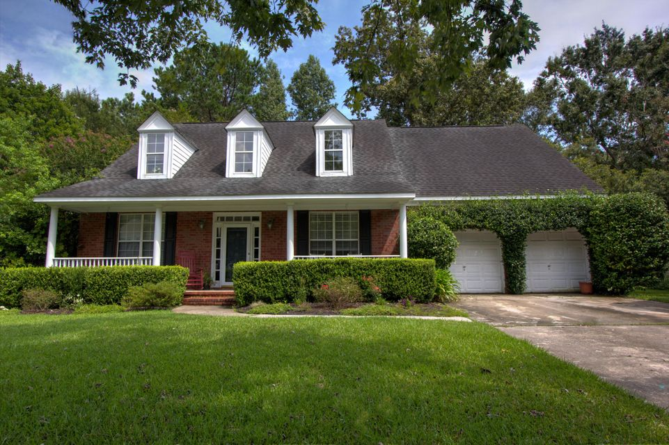 2720  Merwether Lane Mount Pleasant, SC 29466