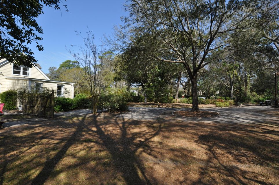 2189  Wappoo Hall Road Charleston, SC 29412