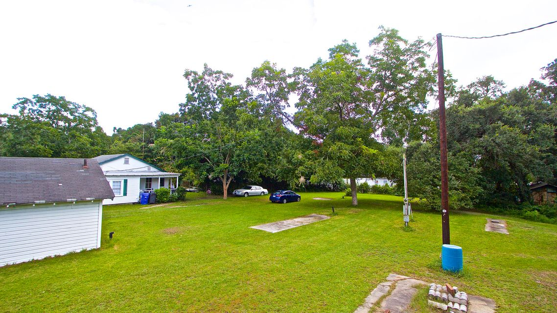 5541  Garrett Avenue North Charleston, SC 29406