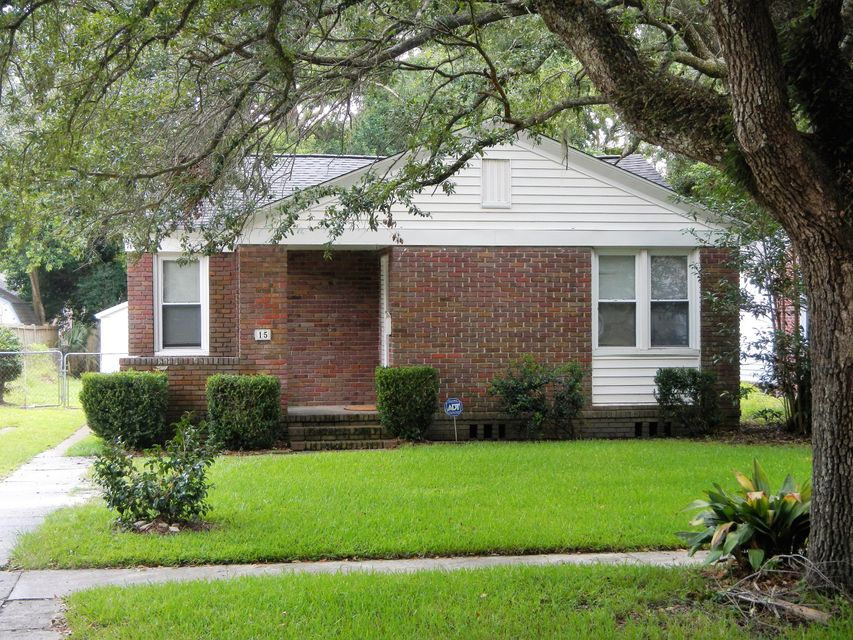 15  Yeadon Avenue Charleston, SC 29407