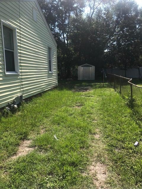 2613  Stark Lane North Charleston, SC 29405