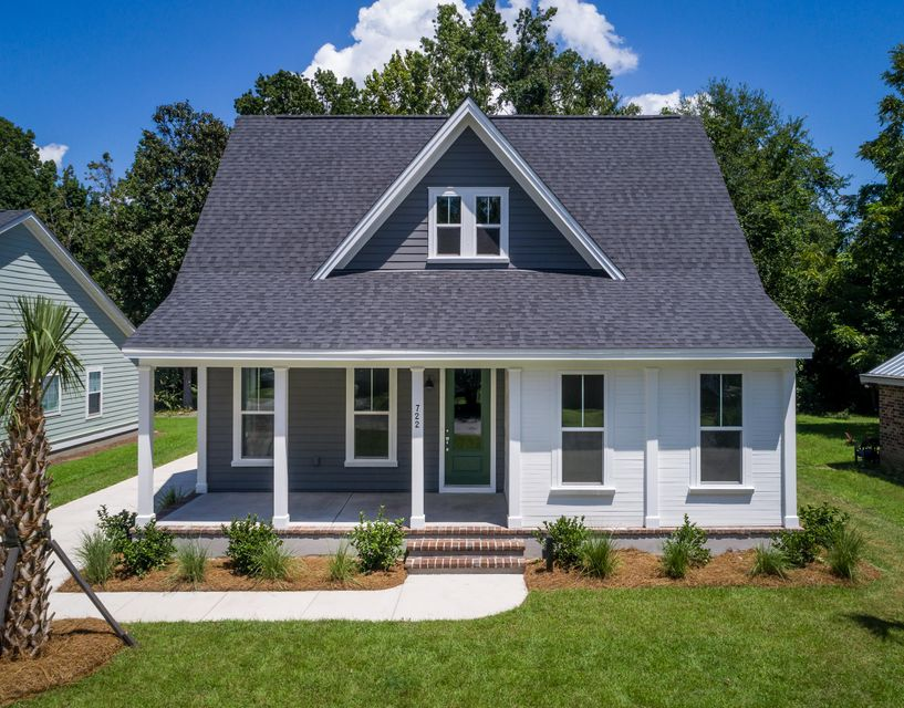 722  Eagle Street Mount Pleasant, SC 29464