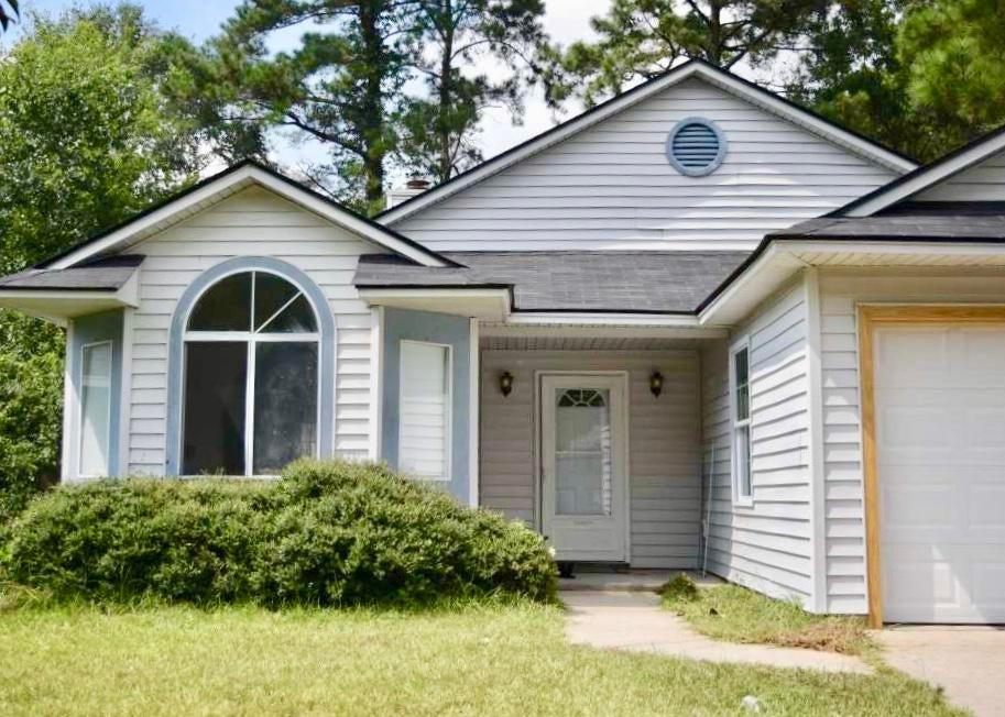 300  Crestwood Drive Summerville, SC 29483