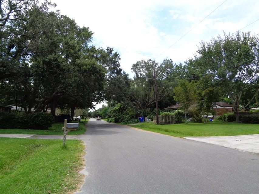 1032  Windward Road Charleston, SC 29412