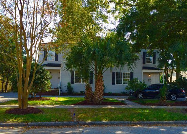 55-57  Peachtree Street Charleston, SC 29401