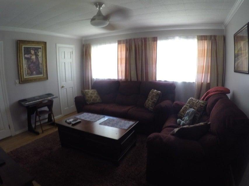 1528  Devons Street Charleston, SC 29412