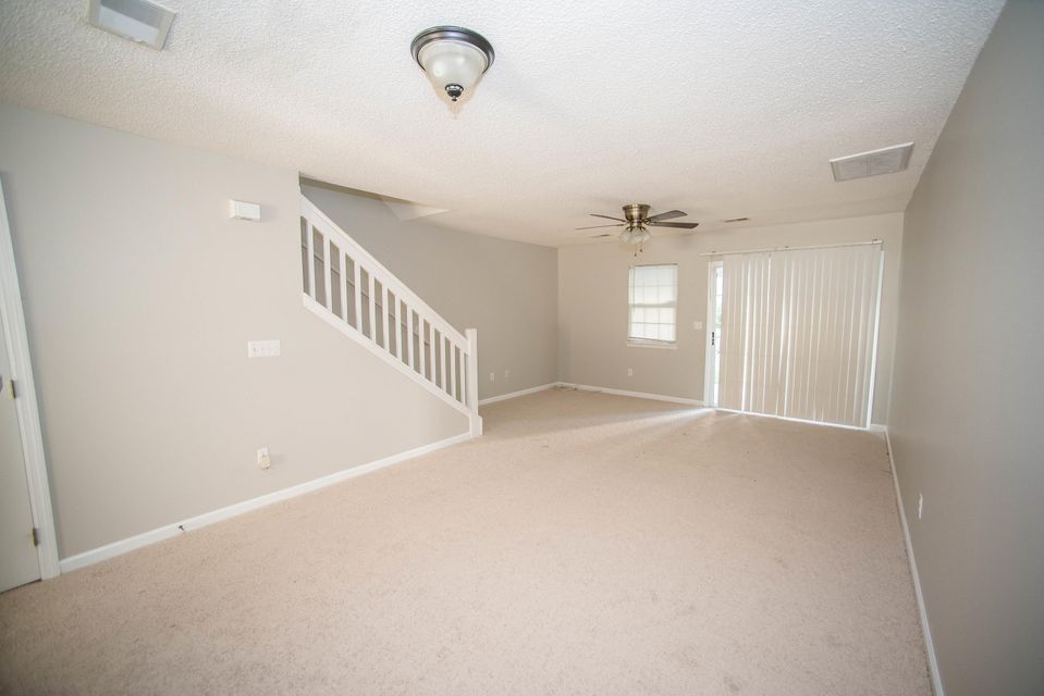 7951  Shadow Oak Drive North Charleston, SC 29406