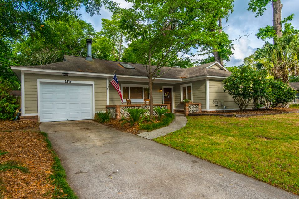 1243  Chicorie Way Charleston, SC 29412